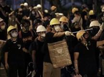 危机阴云浮现 香港不该内耗